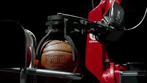 柯马Racer机器人与NBA冠军球员精彩互动